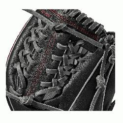 1000 glove is made with a Pro laced T-Web and comes in left- and r