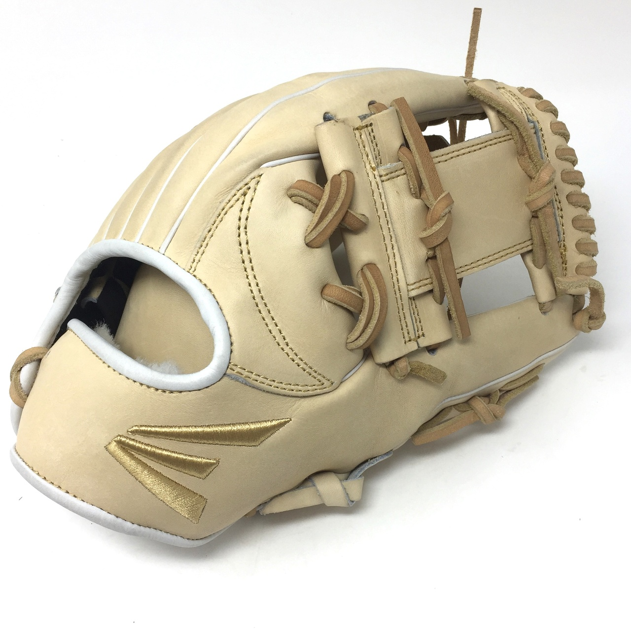 easton-small-batch-36-baseball-glove-11-5-right-hand-throw SMB36-C21-RightHandThrow Easton 628412242315 <span>Eastons Small Batch project focuses on ball glove development using only