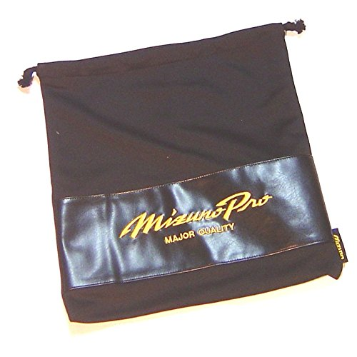 Protect and store your Mizuno glove in this Pro Limited Glove Cloth Bag with drawstring.