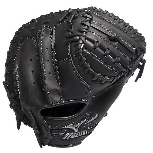 Mizuno Samurai Pro 34 Inch GXC31 Baseball Catcher's Mitt (Right Handed Throw) : The Samurai Pro catcher's mitt from Mizuno is made from the finest leather and features an integrated, patent pending, thumb protection technology. As with all Mizuno mitts, the GXC31 comes with the patented Parashock Palm which absorbs the shock of repeated use, providing less rebound, more protection, and ideal comfort. 34 Inch Catcher's Mitt Conventional Open Back Handcrafted Quality Two-Piece Closed Web Patent pending thumb protection technology