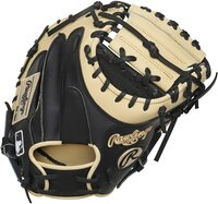 rawlings heart of hide 34 catchers mitt y molina right hand throw