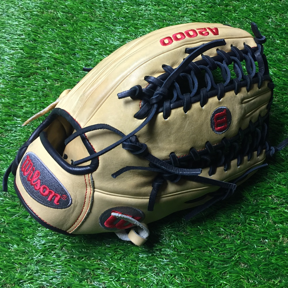 wilson-a2000-baseball-glove-ot6-used-12-75-right-hand-throw WILSON-0001   <p>Wilson A2000 OT6 Used baseball glove right hand throw OT6 12.75